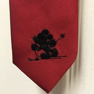 Disney Mickey Mouse Skiing Burgundy red tie 2-4